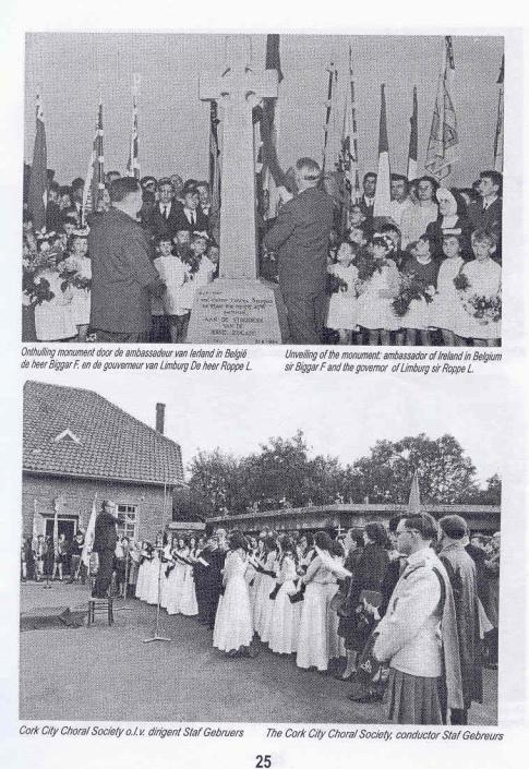 The unveiling of the Celtic monument at Lauffeldt, 21st June 1964 (Jan Spits collection)
