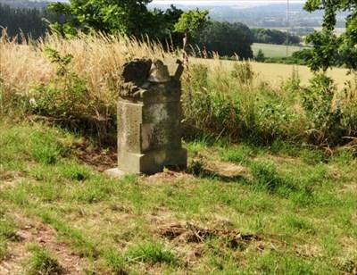 Mass grave monument (Ibrez Photo CZ)